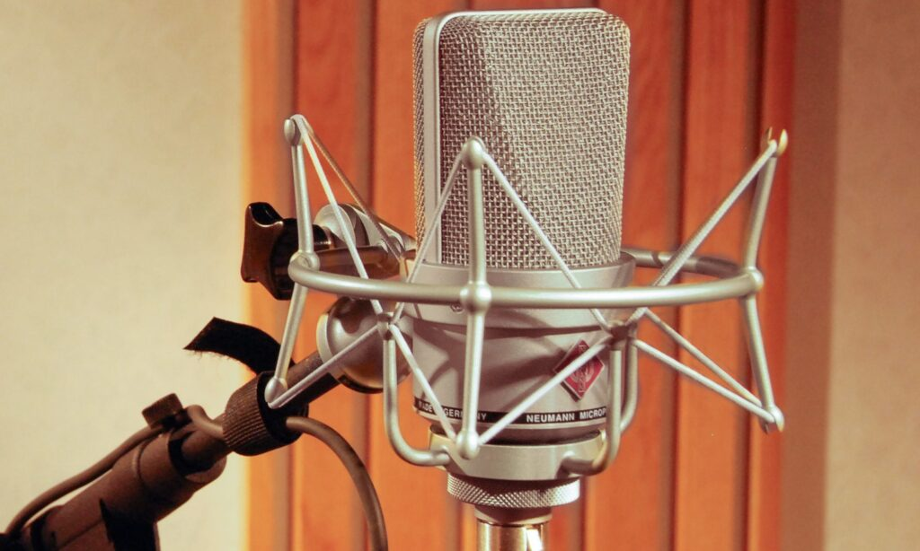 Jay Patrick voices on Neumann microphones.